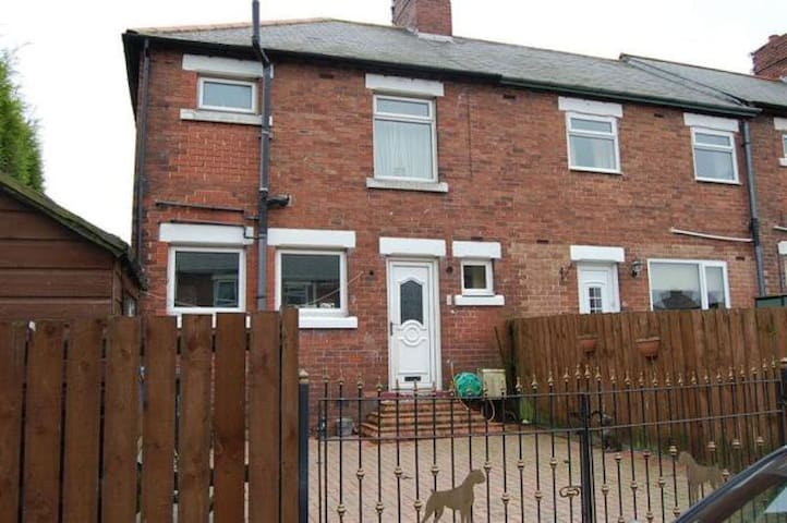 3 Bedroom Serviced House in Lynemouth