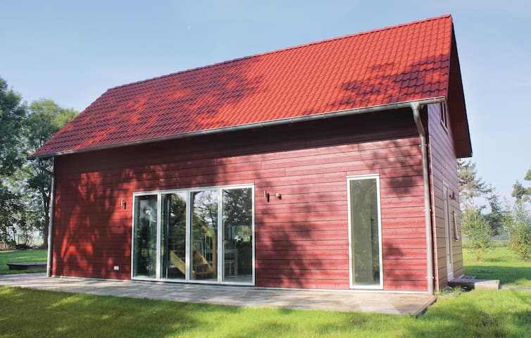 Holiday cottage with 2 bedrooms on 72 m² in Gnoien OT Dölitz