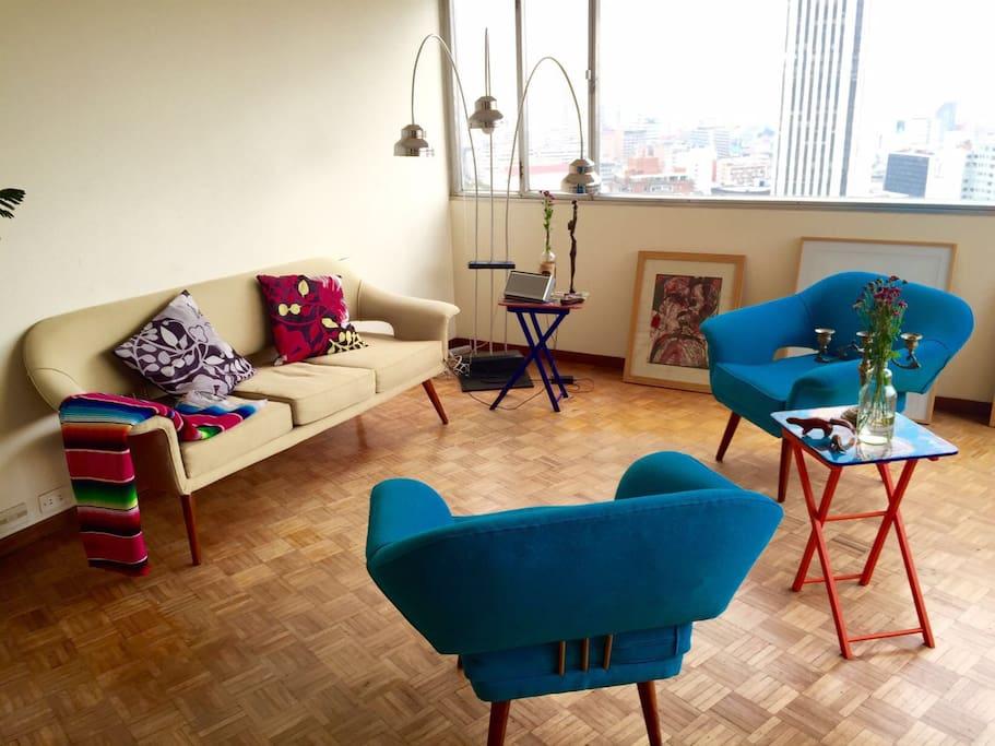 Sala con muebles design 50's