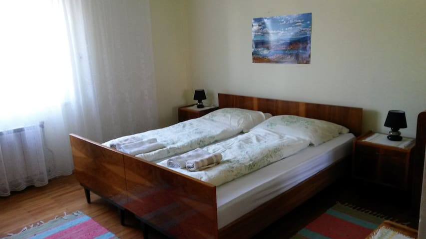 Rooms are in the center of Cerknica - Cerknica