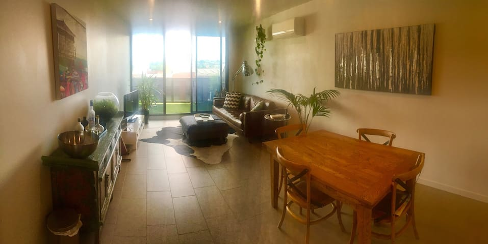Awesome Apartment In The Heart Of Fitzroy - Fitzroy - Apartment