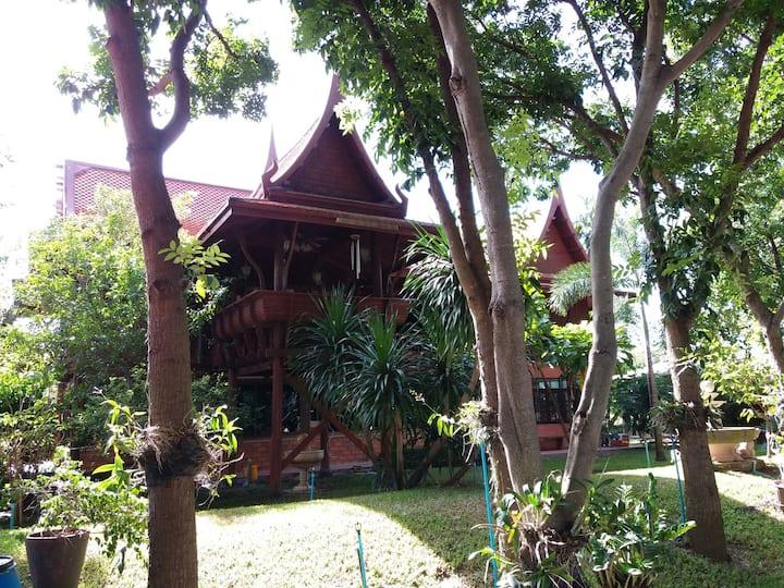 The warm touch of Thai living^ Ayutaya