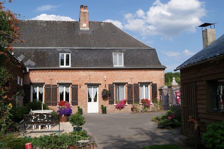 Demeure de Thiérache La Blonde - Iviers - Tatil evi