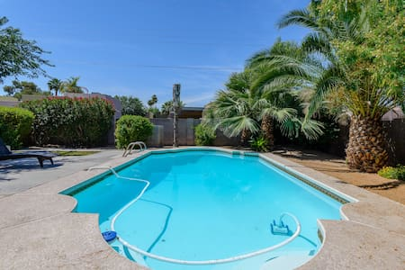Scottsdale home with pool & fire-pit!!!