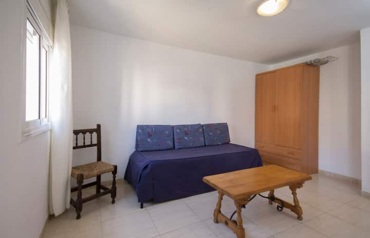Apartamentos Córcega - Estudio para 3 personas