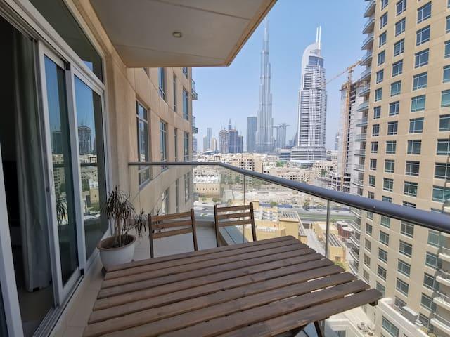 1 bedroom Burj khalifa view Downtown