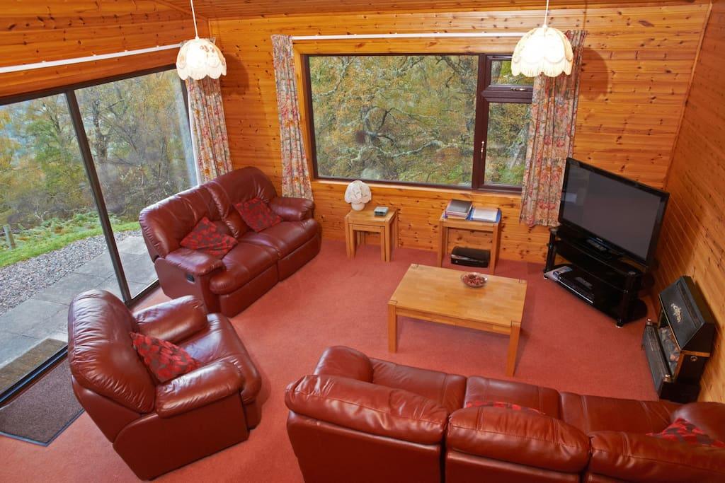 Lodge 3 Living Room