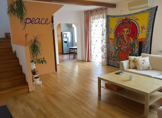 Lovely apartment in the heart of Bucharest