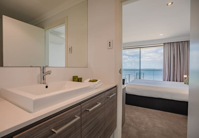 Executive Sea View Room at Ozone Hotel on Kingscote Waterfront