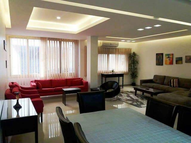 Brand New Modern Apt in Vintage Chic Maadi Sarayat - Maadi as Sarayat Al Gharbeyah - Appartamento