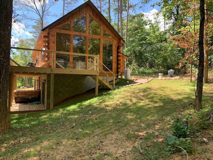 Fern Woods: A modern take on Hocking Hills cabins