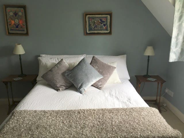 Cotswold charm, double room in lovely home - Church Westcote - Casa