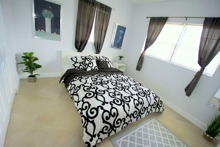 B&B Travellers Private Room - West Park - Bed & Breakfast