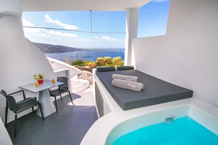 Theodora Suites -Junior Suite with Outdoor Hot Tub