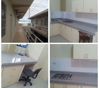 habitaciones privadas en portoviejo, amobladas - Portoviejo - Lejlighed