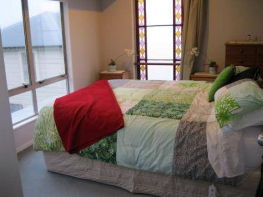 Master king suite with sun, great views, bathroom