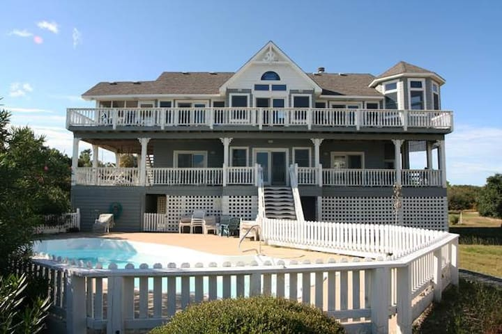 #CV2: OCEANSIDE Home in Corolla with PrivatePool
