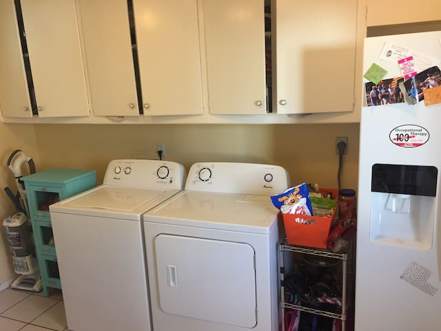 Comfort and Care in the Heart of Cowtown! - Fort Worth - House