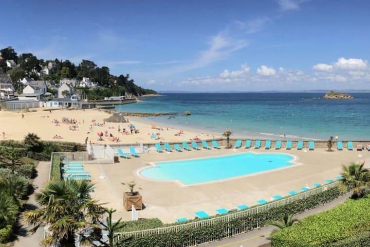Appartement vue mer exceptionnelle piscine privée
