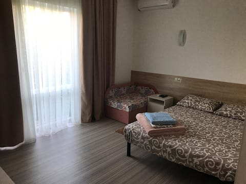 """Отель «Акварели» Затока Hotel """"Aquareli"""" Zotoka"""