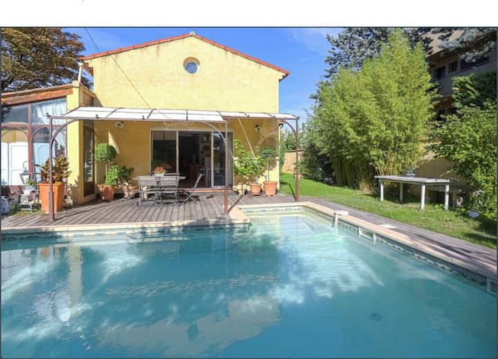 Villa 150m² avec Piscine plein sud Aix en Provence