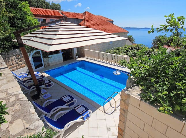 Villa Vera Mlini