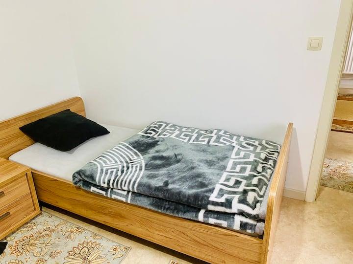 Chambre partagée dans un appartement très propre