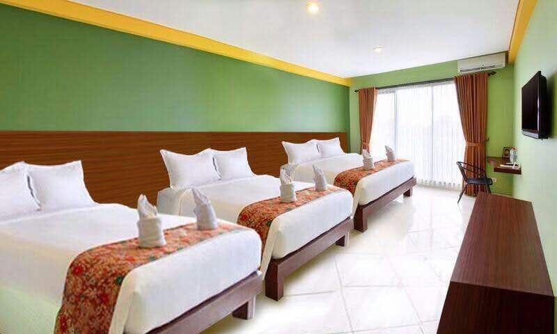 A family room 3 double bed for 6person in Denpasar