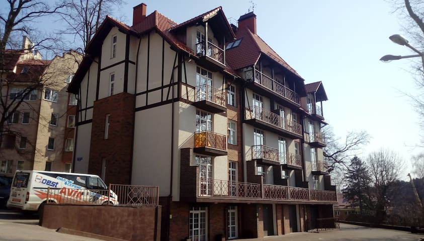 янтарь-холм
