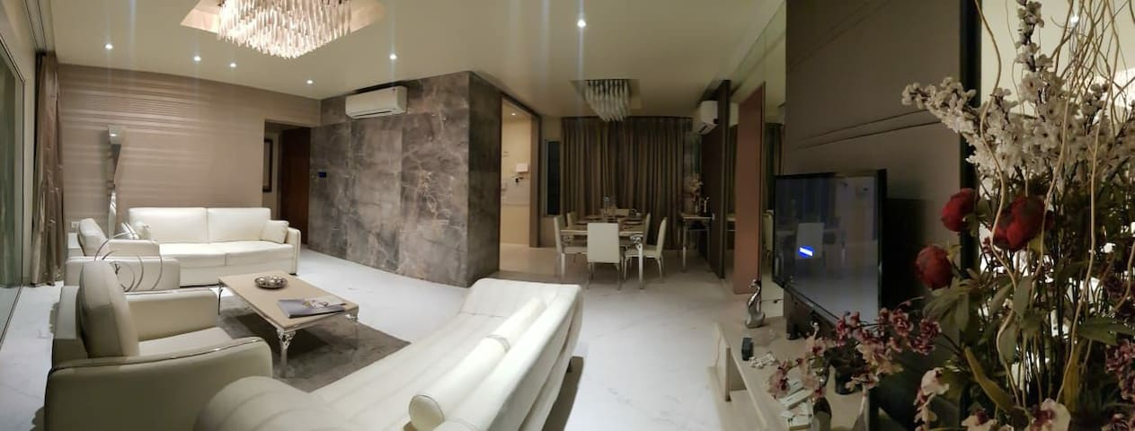 Luxurious  service apartment in kharadi