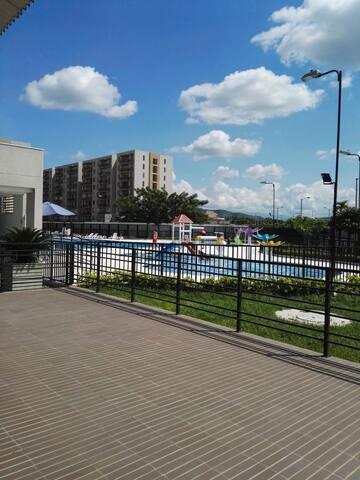 Se renta apartamento en Ricaurte, Cundinamarca.