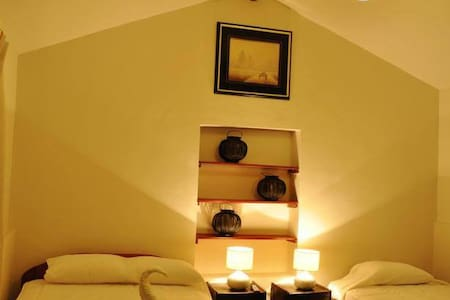 Room type: Private room Property type: Other Accommodates: 2 Bedrooms: 1 Bathrooms: 1