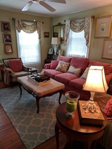 Ballston/Saratoga In-laws Apartment