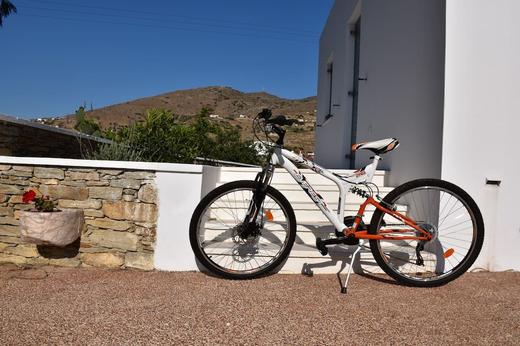 Complimentary Bicycle for Guests! Book your stay and make a request! Come first get first!