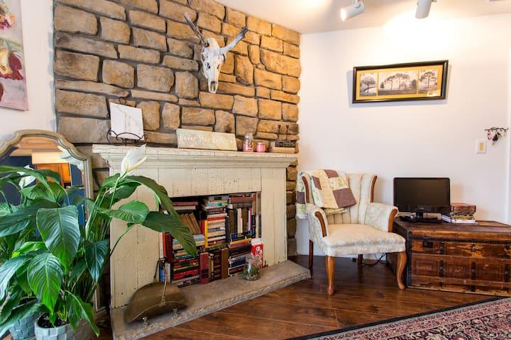 Clean, Pretty & Convenient! - Lakewood - Apto. en complejo residencial