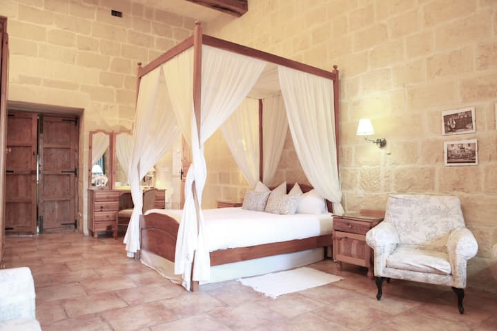 Casa tipica rustica a Gozo con charme e piscina