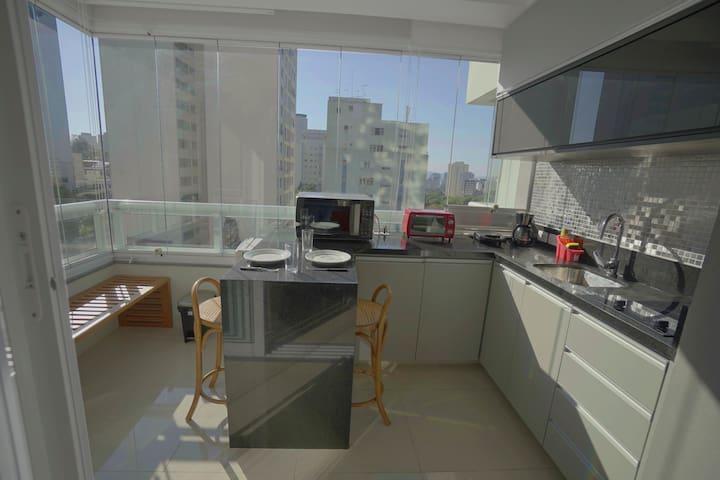 Conforto Paulista metrô, hospitais e shopping