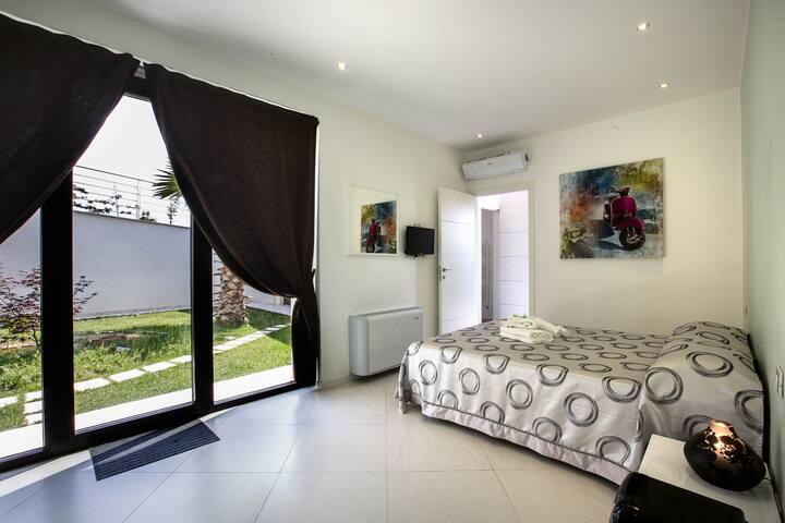 COMFORT ROOM with breakfast - Macerata - Villa