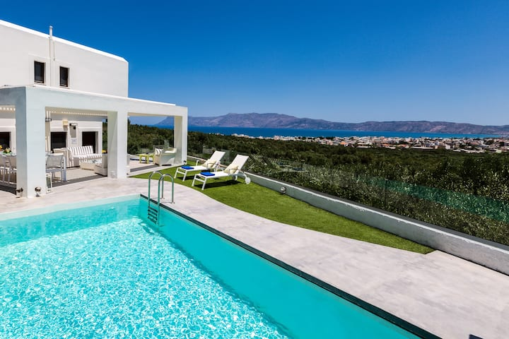 Villa Kissamos, Quietness, Privacy & Sea Views!