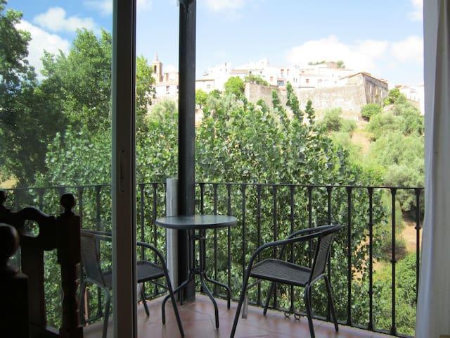 Apartamentos en Aroche (Huelva). - Aroche - Lägenhet