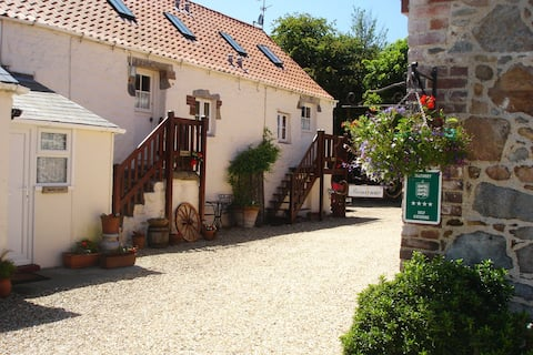 Les Brehauts Farm Holiday Cottages