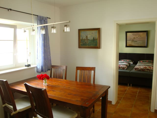 Quiet apartment for 4 -bathing shoe - Putbus - Apartament
