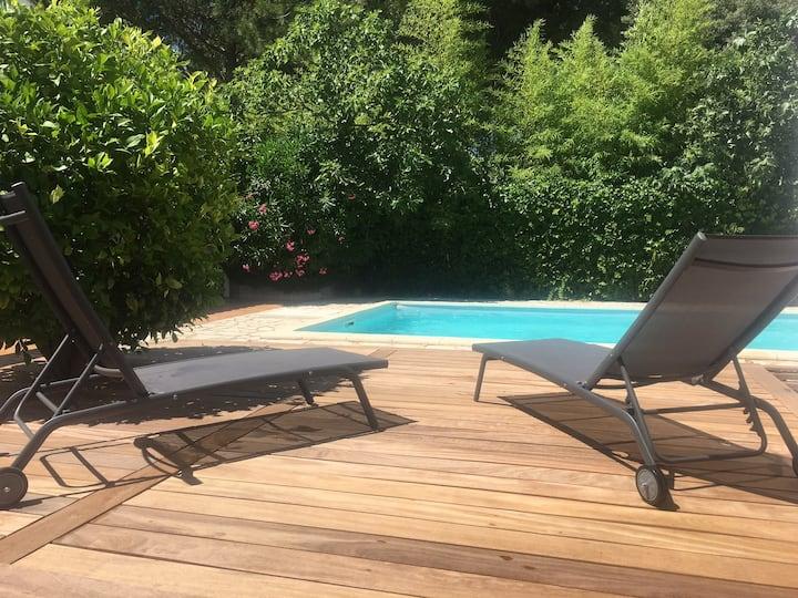 Charmante Villa 180m² avec piscine - 4 ch 2 SDB.