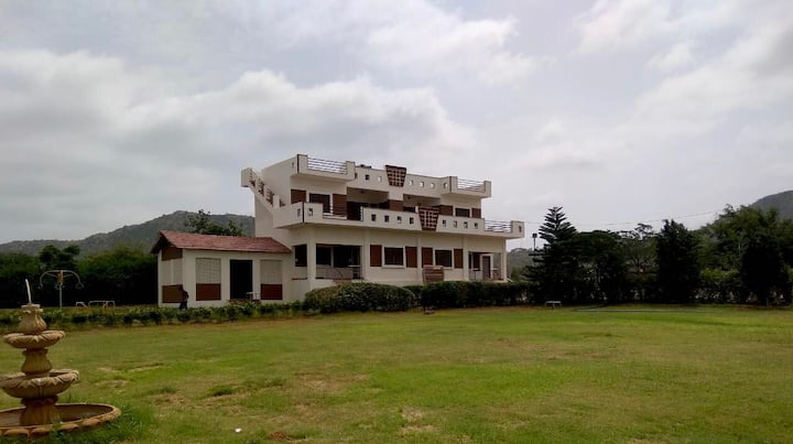 The Resort Farms Pushkar , Family Stays Available