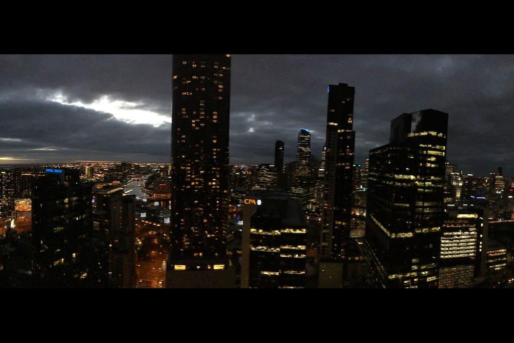 Gotham City - Where are you BATMAN !!!
