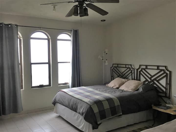 Habitación limpia y segura Colinas de San jerónimo