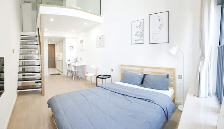 SACO Family▕复式LOFT▕ 家庭双床▕ 黑灰白北欧ins风格▕ 拱北口岸&近港澳