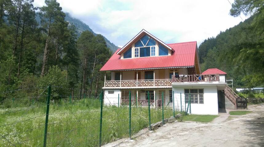 Parvati Woods Wooden Suites - Kasol - Willa