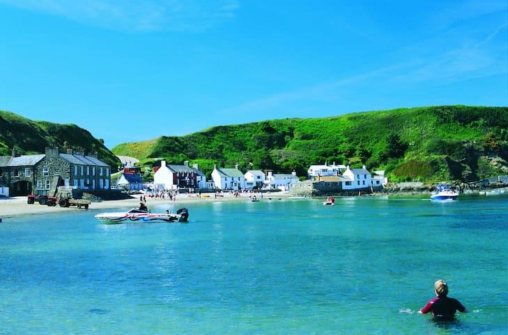 Cottage in Edern, Morfa Nefyn, Beach, Pub, Golf