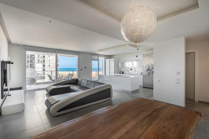 Luxury Residential Apartment By The Sea - Netanya - Appartement